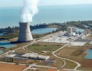 При замяна на капака на реактора на АЕЦ Davis-Besse са открити пукнатини в бетонния контейнмънт на реактора