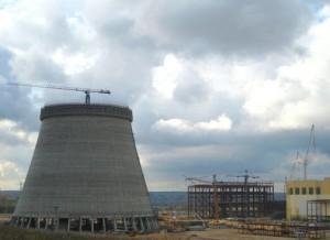 Строителите на охладителната кула на Нововоронежката АЕЦ-2 излязоха на кота +100 метра