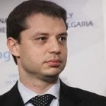 Министър Добрев ще даде старт на проект за повишаване на енергийната ефективност на 13 обществени сгради