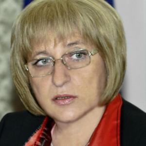 """Цецка Цачева ще внесе  в парламента проект на решение за АЕЦ """"Белене"""""""
