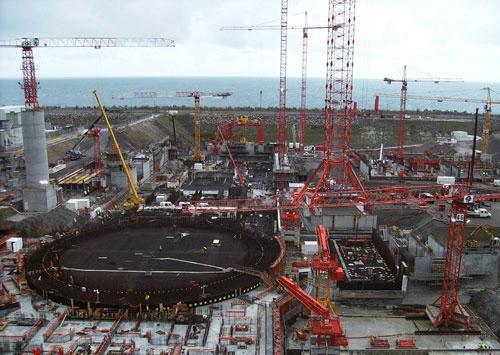Стойността на първият EPR във Франция нарасна до 8,5 милиарда евро
