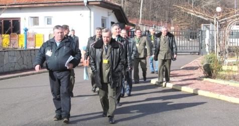 Делегация на МО посети хранилището за РАО край Нови хан