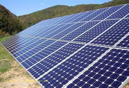 Остават ограниченията за производство на енергия от ВЕИ (ОБЗОР)
