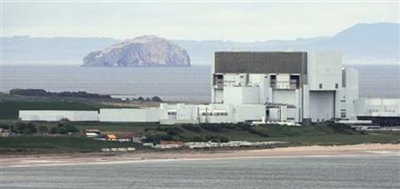 """Шотландия – АЕЦ """"Торнесс"""" е спряна поради огромно количество морски водорасли"""