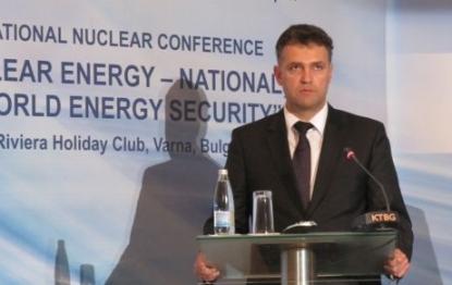 """Валентин Николов: Спирането на блок на АЕЦ """"Козлодуй"""" не трябва да е решението на проблема с ниското вътрешно потребление"""