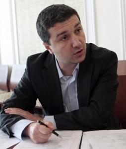 Драгомир Стойнев: Не могат да се очакват чудеса при държавните предприятия в сферата на енергетиката
