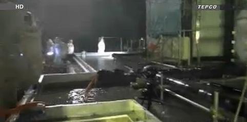 Япония – ТЕРСО – улеснява се източването на водата от загражденията около резервоарите