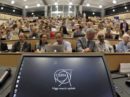 Украйна стана асоцииран член на CERN
