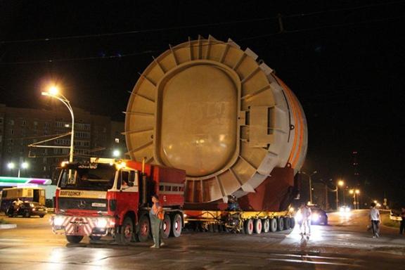 Русия – НВАЕЦ-2 – започна монтажът на транспортния шлюз на първи блок