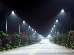В Лондон уличното осветление минава на светодиодни лампи – намалява се консумацията на електроенергия с 40%