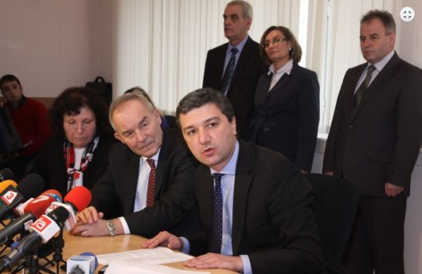 """Евентуално строителството на 7-ми Блок на АЕЦ """"Козлодуй"""" ще започне през 2016 година."""