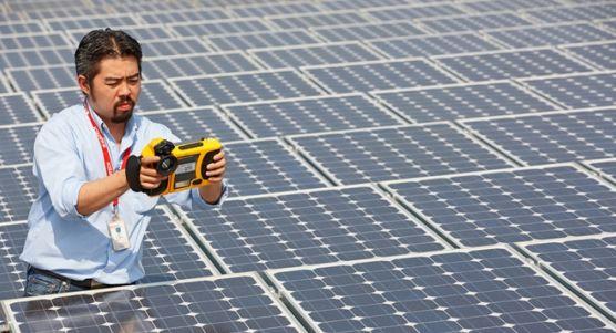 Китай – през 2013 година са въведени в експлоатация нови 12 GWp фотоволтаици