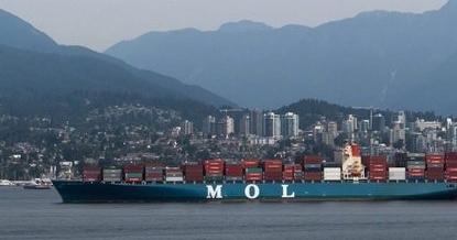 Канада – в пристанището на Халифакс от 15 метра височина падна контейнер с UF6
