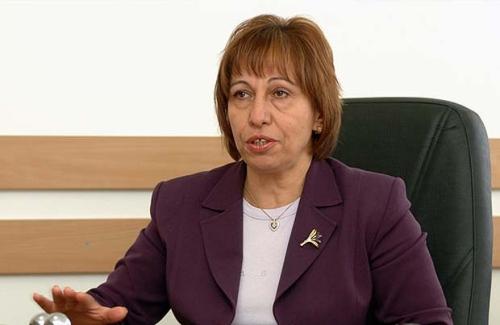 Големи български компании купуват евтина електроенергия от Румъния