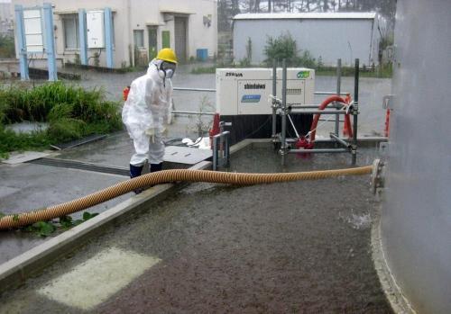"""В района на """"Фукушима"""" започна изпомпването на подпочвените води, за да се избегне радиоактивното им замърсяване"""