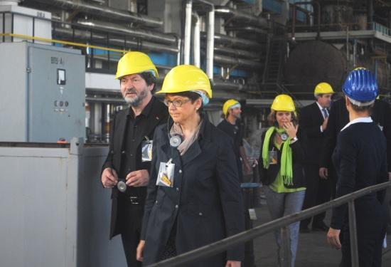 """Европарламентът оцени положително процеса по извеждане на спрените ядрени мощности на АЕЦ """"Козлодуй"""""""