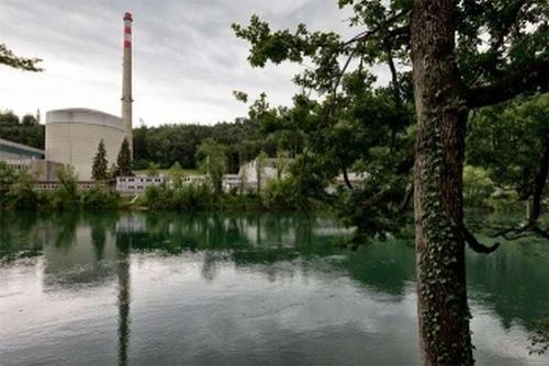 Избирателите в Швейцария гласуваха против предсрочното затваряне на АЕЦ