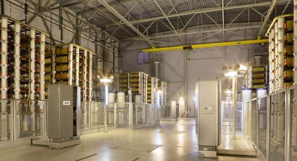 Русия започва двупосочен обмен на електроенергия с Финландия
