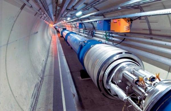 CERN започва подготовката за рестартиране на Големия Адронен Коллайдер (ГАК)
