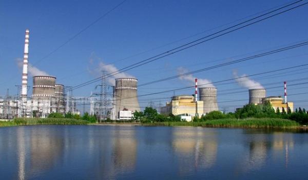 Украйна – трети блок на Ровненската АЕЦ е спрян за отстраняване на неплътност в един от парогенераторите