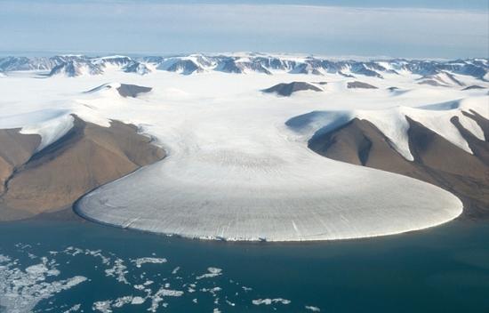 Гренландия – Топенето на ледниците става невъзвратимо?
