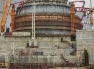 На площадката на Ленинградската АЕЦ-2 се извършват строителни работи в зданието за безопасност на първи енергоблок