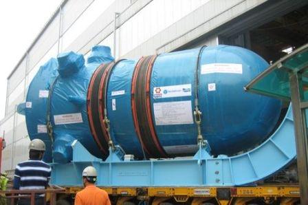 """Първият китайски корпус на реактора AP-1000 пристигна на площадката на АЕЦ """"Sanmen"""""""