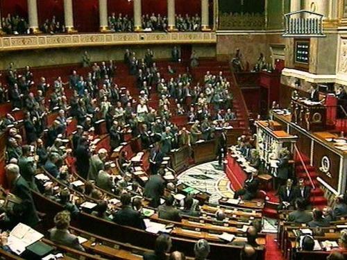 Долната камара на парламента на Франция прие закон за намаляване дела на ядрената енергетика