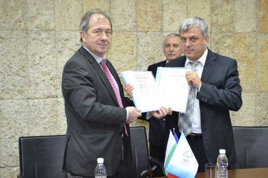 """ДП РАО получи лицензии за извеждане от експлоатация на първи и втори блок на АЕЦ """"Козлодуй"""""""