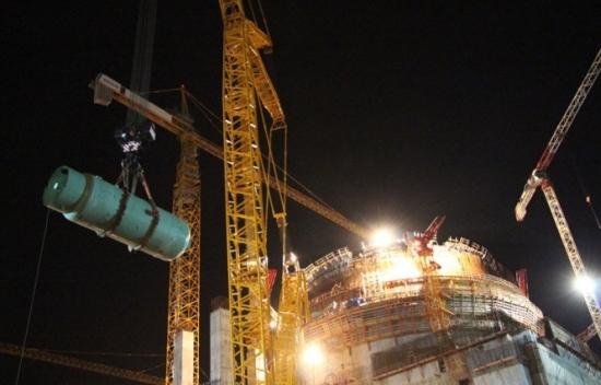 Възможно е енергийният пуск на първи блок на Ленинградската АЕЦ-2 да се състои до края на 2015 година