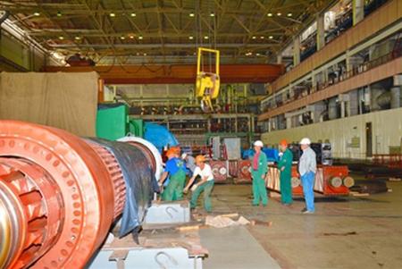 Украйна – Хмелницка АЕЦ – сменят ротора на турбогенератора на първи блок