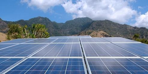 Китай продължава да е лидер в сферата на слънчевата енергетика