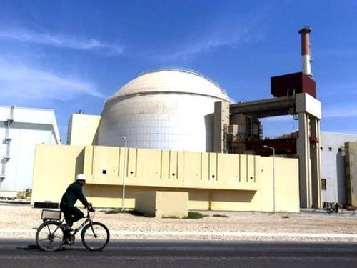 Парламентът на Иран одобри финансирането на строителството на АЕЦ