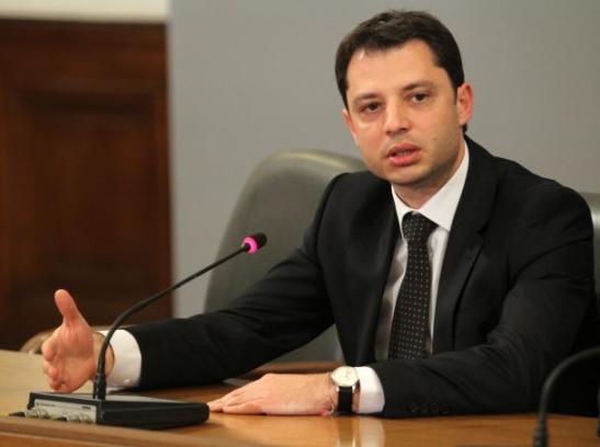 Делян Добрев: Пълната либерализация на енергийния пазар тръгва от края на тази година