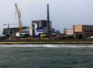 Индия – Първият блок с реактор на бързи неутрони ще даде електроенергия през септември 2015 година.