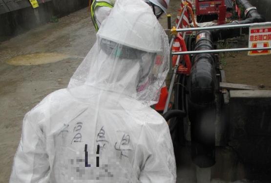 """Поради спиране на помпи на АЕЦ """"Фукушима-1"""" стана изтичане на радиоактивна вода в океана"""