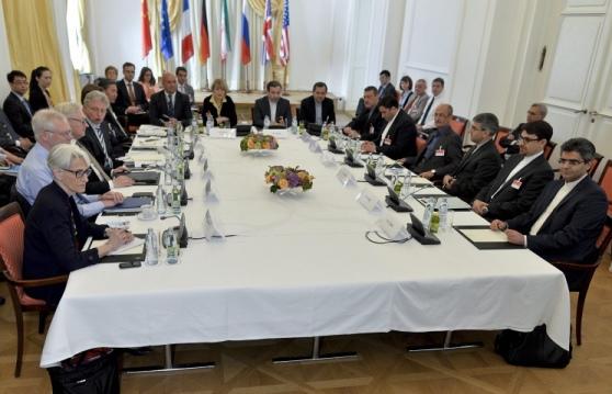 """Всички оставащи срещи на Иран с """"шесторката"""" ще се провеждат във Виена"""