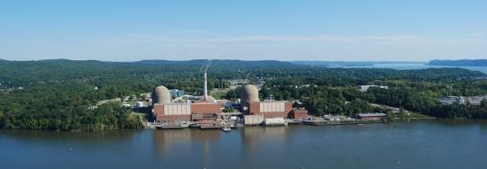 Трети блок на АЕЦ Индиан Пойнт в САЩ е спрян поради прекъсване на външното електрозахранване.