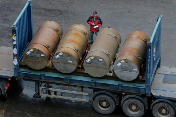 Иран е получил предложение от Русия за изкупуване на излишъците му от уран