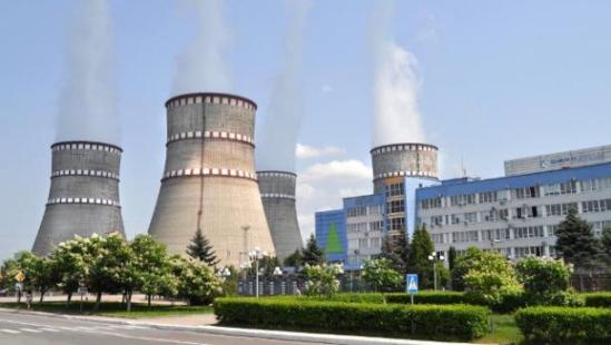 """В """"Энергоатом"""" се презастраховат в случай на руски шантаж с доставките на свежо ядрено гориво"""