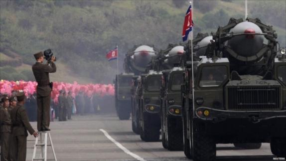КНДР може за пет години да увеличи ядрения си потенциал до 50 заряда