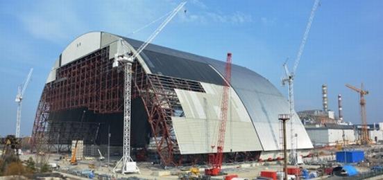 Във Франция завърши пробната сглобка на новия саркофаг за Чернобилската АЕЦ