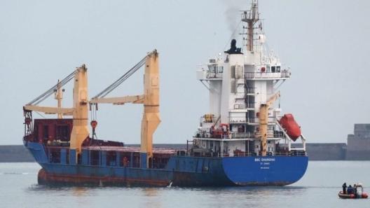 Франция – Кораб с ядрени отпадъци замина за Австралия