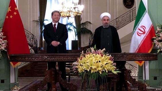 Иран и Китай се договориха за изграждане на АЕЦ и за доставки на нефт
