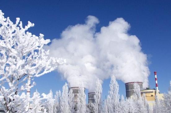 Сега в Украйна работят 13 от 15-те ядрени енергоблока