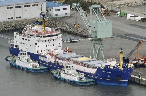 """Япония връща в САЩ 331 килограма плутоний получен по времето на """"студената война"""""""