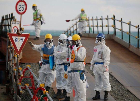 """На територията на японската АЕЦ """"Фукушима-1"""" е открит мощен източник на радиоактивно излъчване"""