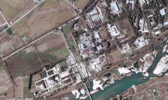 КНДР активизира работата на обекта в Йонбен с плутониев реактор, смятат експертите в САЩ.