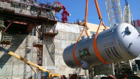 Последният парогенератор на втори блок на Нововоронежската АЕЦ-2 е поставен на щатното място