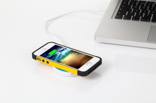 Apple е наела специалисти за създаване на безжично зарядно устройство